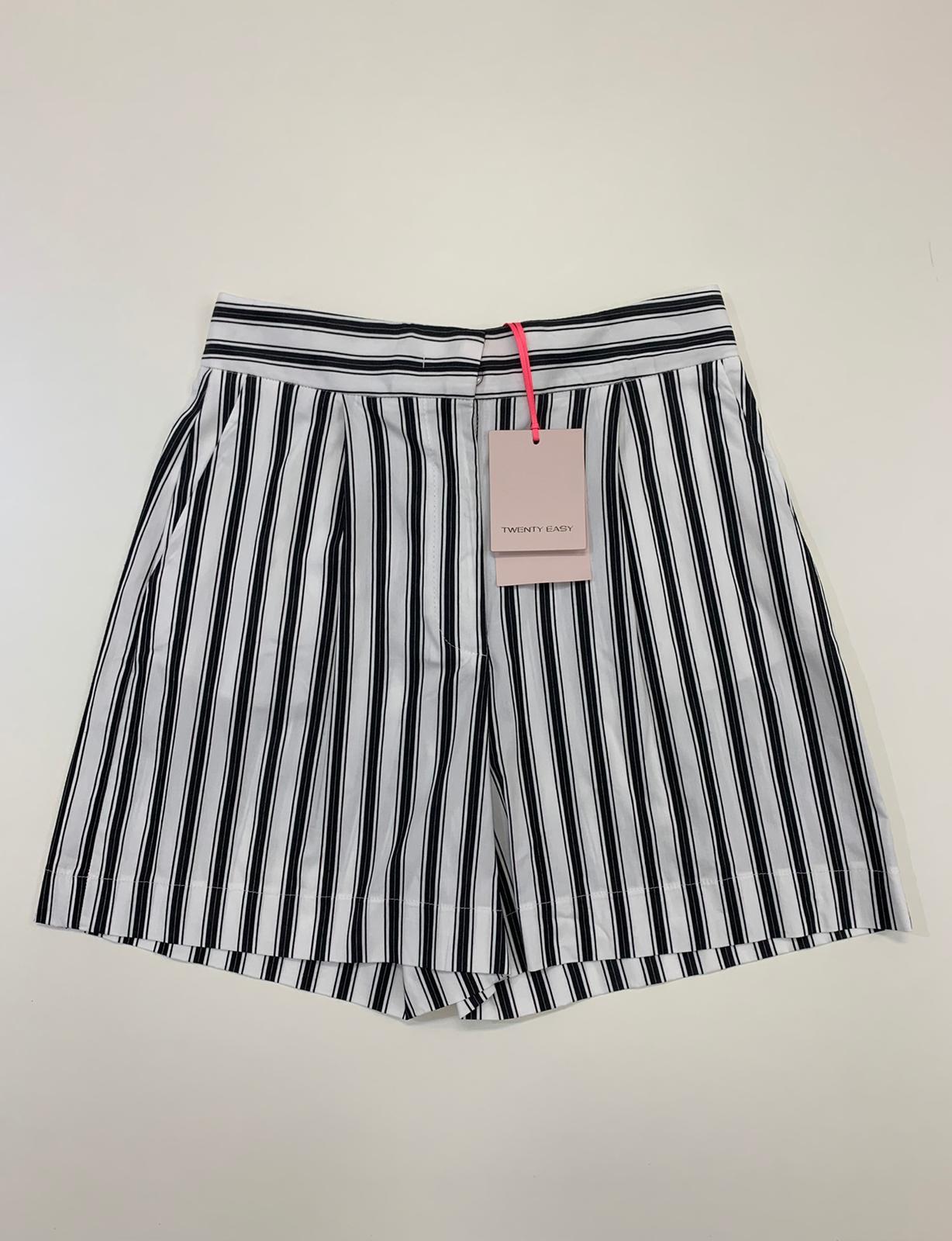 Gonna Twenty Easy Shorts Riga