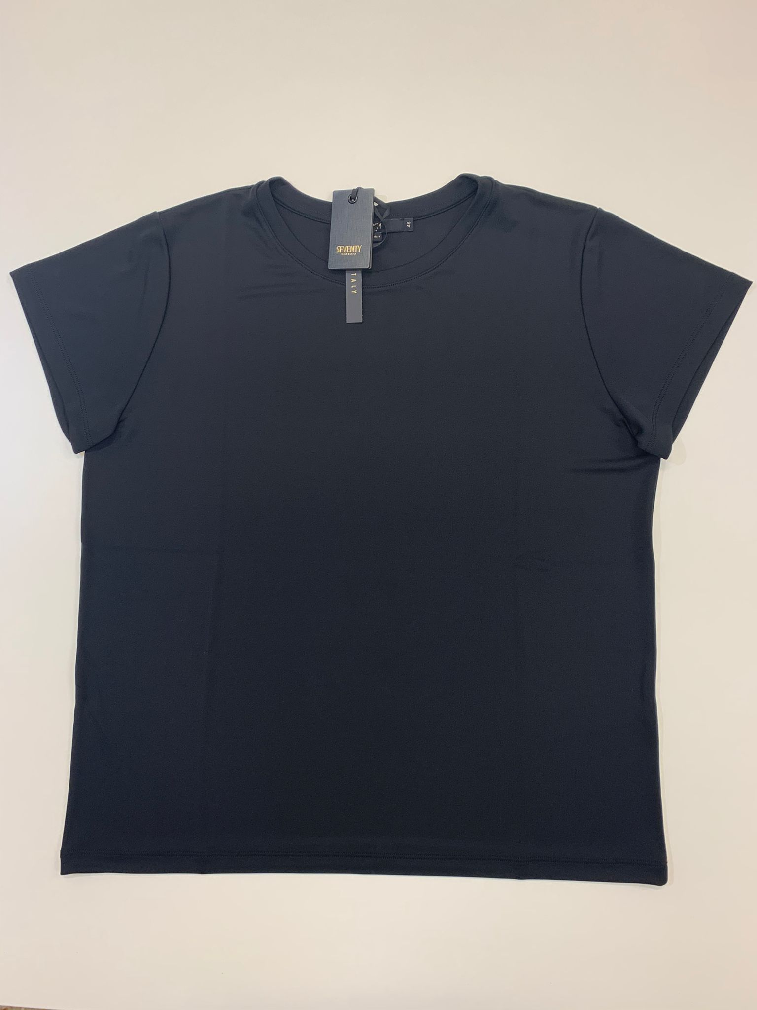 T-Shirt Seventy in Jersey e Crepe Nero